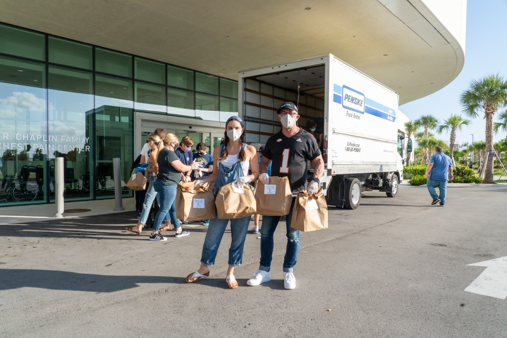 Chris Radomski, Gabrielle Anwar and Shareef Malnik Deliver Gourmet Meals to Miami Medical Workers