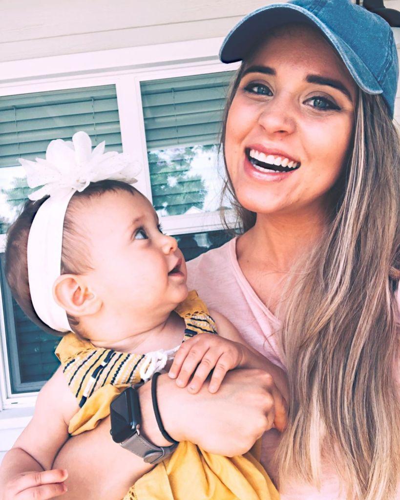 Jinger Duggar Smiles In Selfie With Daughter Felicity