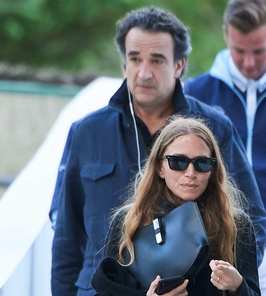 Mary-Kate Olsen and Olivier Sarkozy Walking