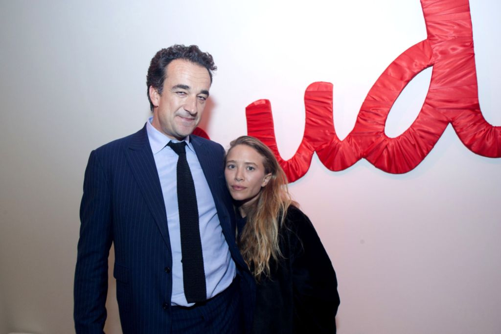 Mary Kate Olsen and Husband olivier sarkozy before divorce, cute photo