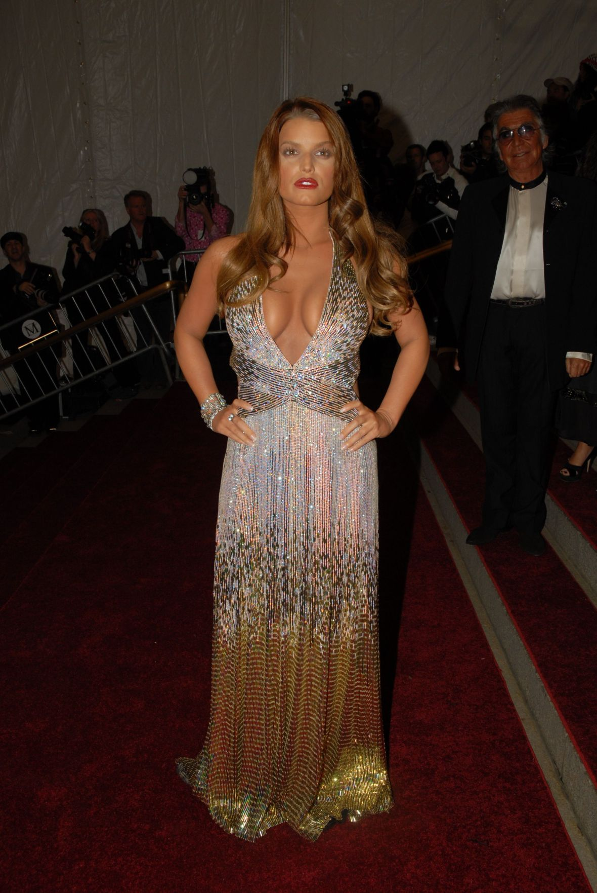 Jessica Simpson Body Shamed Over Met Gala Dress