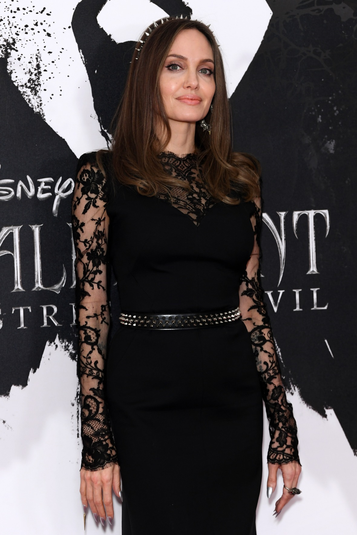 Angelina Jolie Donates Bail Money