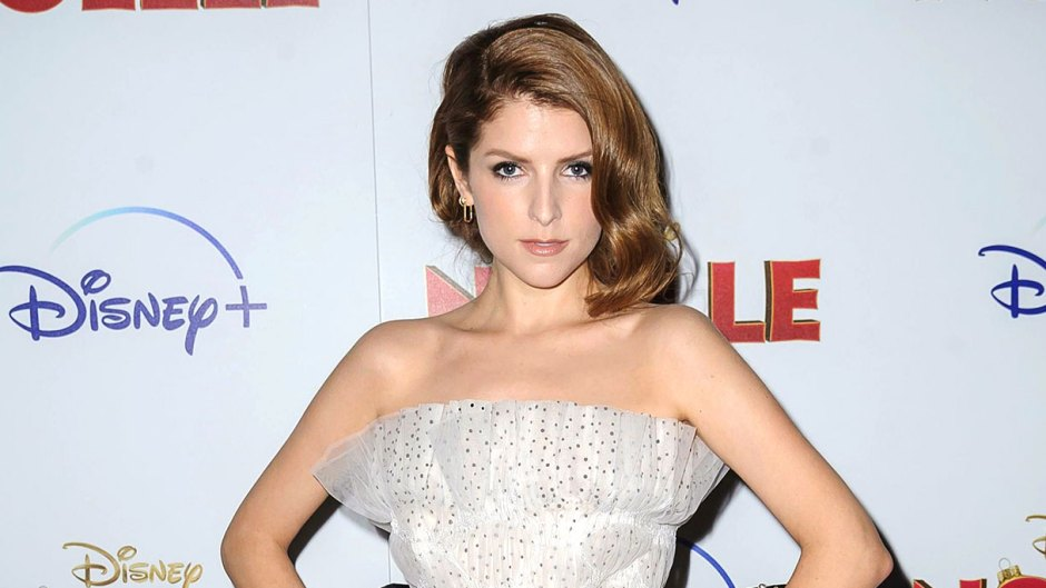 Anna Kendrick Miserable Filiming Twilight Wearing August Getty Atelier