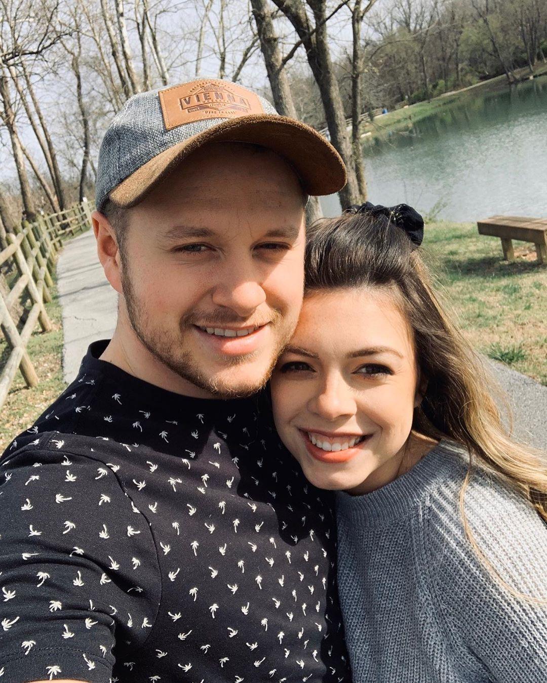 Josiah Duggar Gushes Over Wife Lauren on 2nd Wedding Anniversary 2