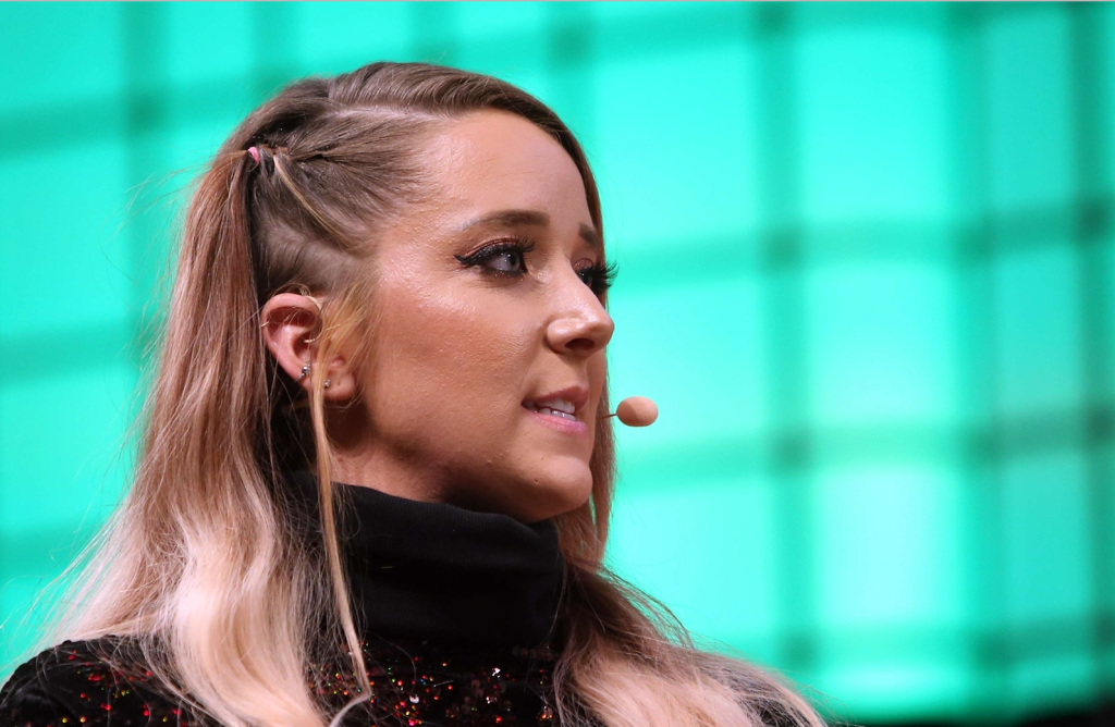 Jenna Marbles Net Worth: How Much Money She Makes