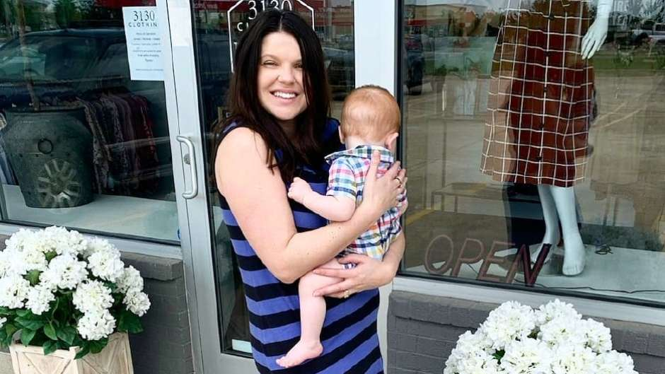 Amy Duggar Embraces Post-Baby Body in New Almost Deleted Photo After Welcoming Baby