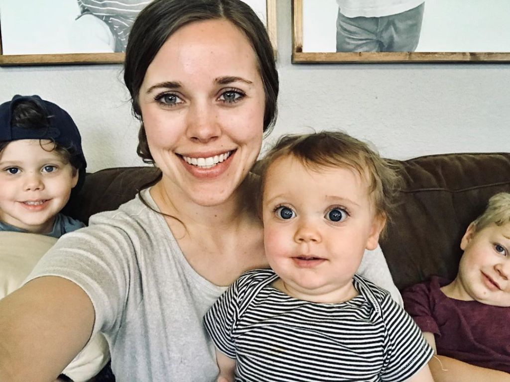 Jessa Duggar With Kids Spurgeon, Ivy and Henry