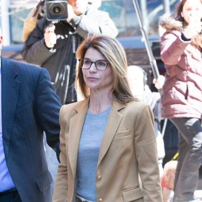 Lori Loughlin Leaving Court