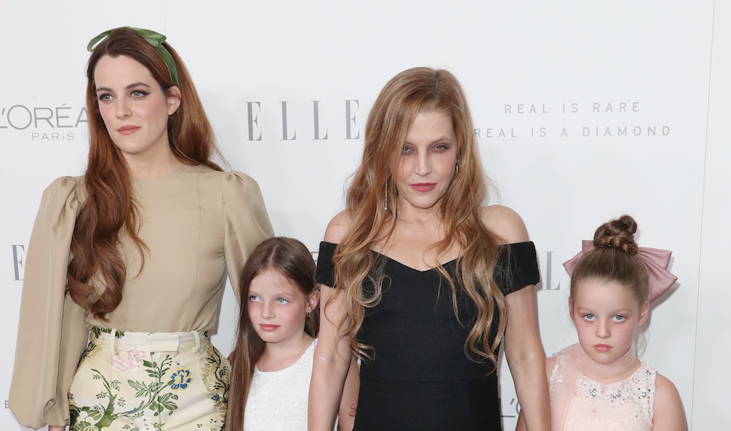 Lisa Marie Presley S Children Get To Know The Singer S Kids