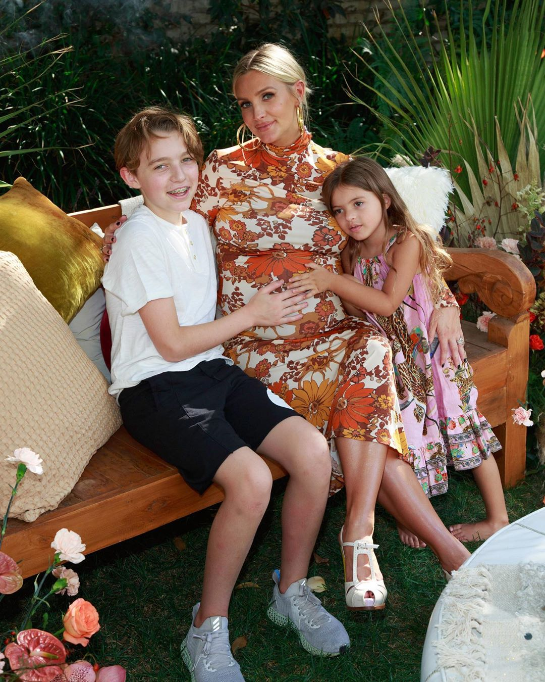 Ashlee Simpson Ross Baby Shower and Bump With Kids