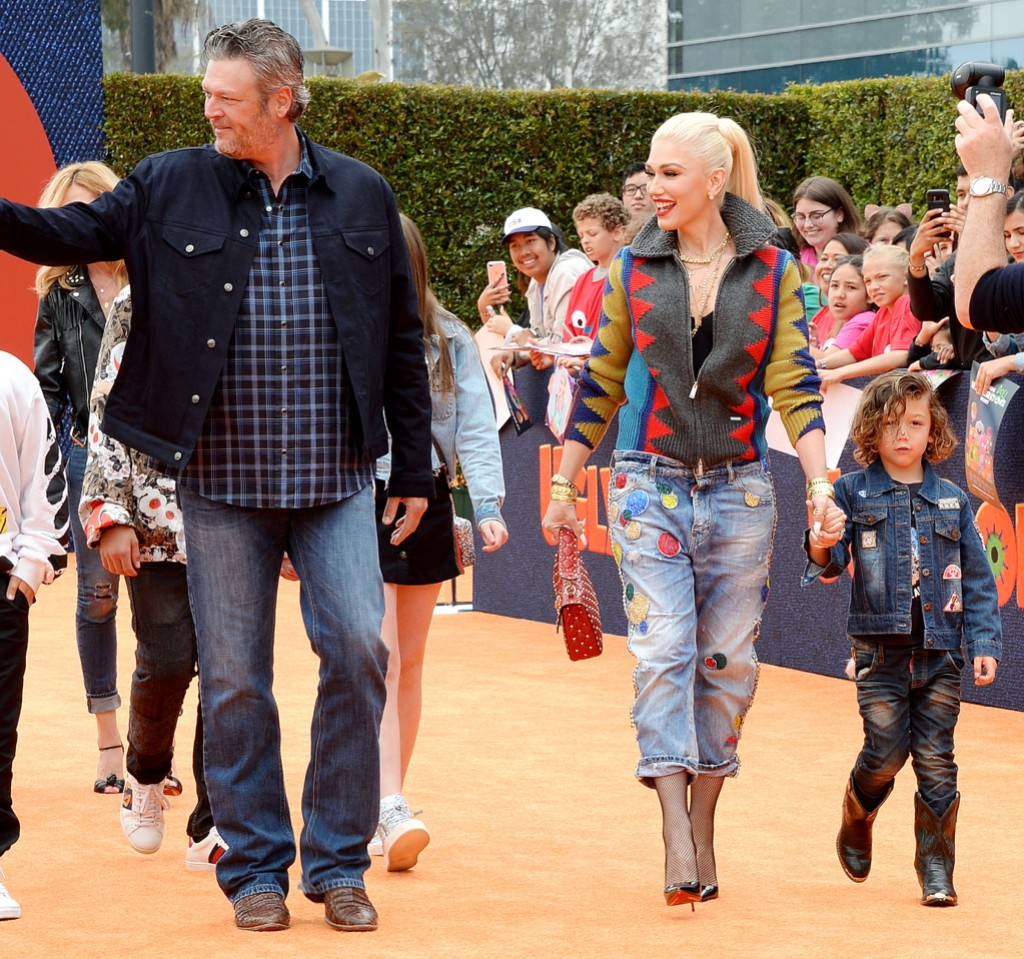 Gwen Stefani Blake Shelton and Her Kids