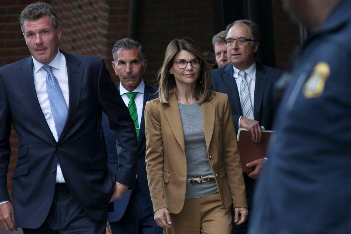 Lori Loughlin Mossimo Giannulli Sentenced