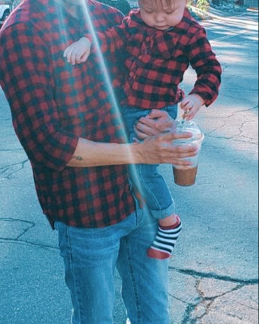 90 Day Fiances Deavan Clegg Defends Posting Matching Outfits of New BF and Son After Jihoon Split