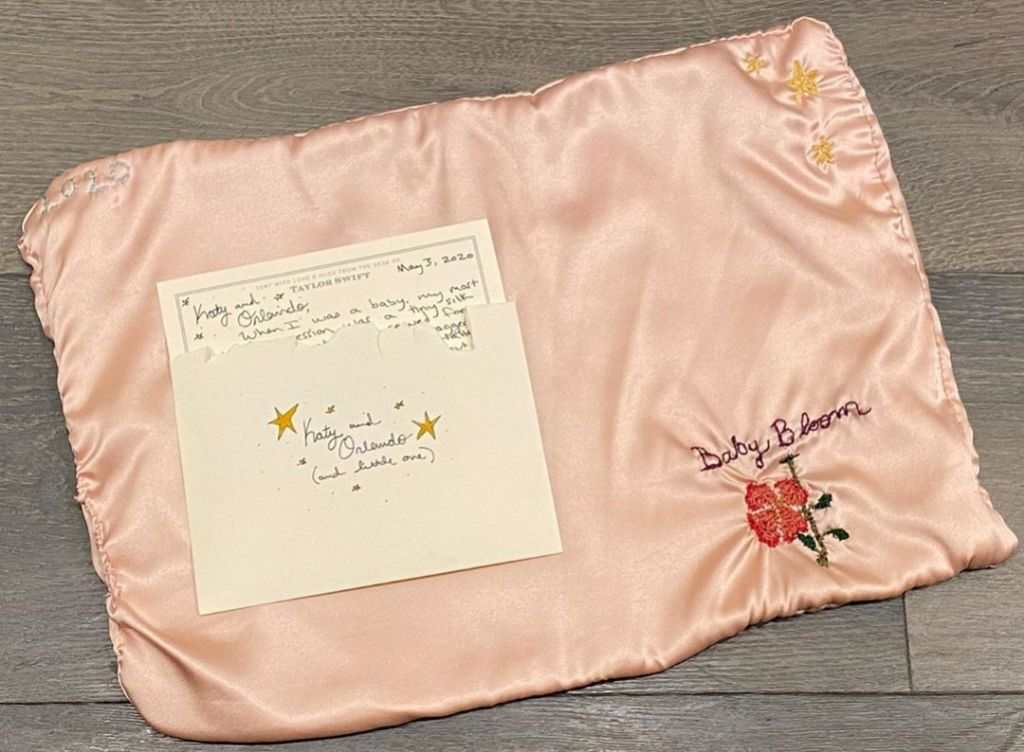 Taylor Swift Gifts Katy Perry Baby Blanket for Daughter Daisy Dove