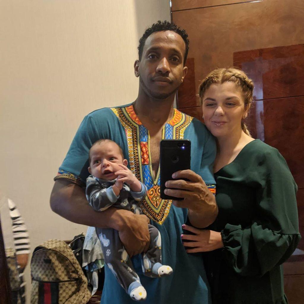 90 day fiance ariela defends baby carseat biniyam walk scene