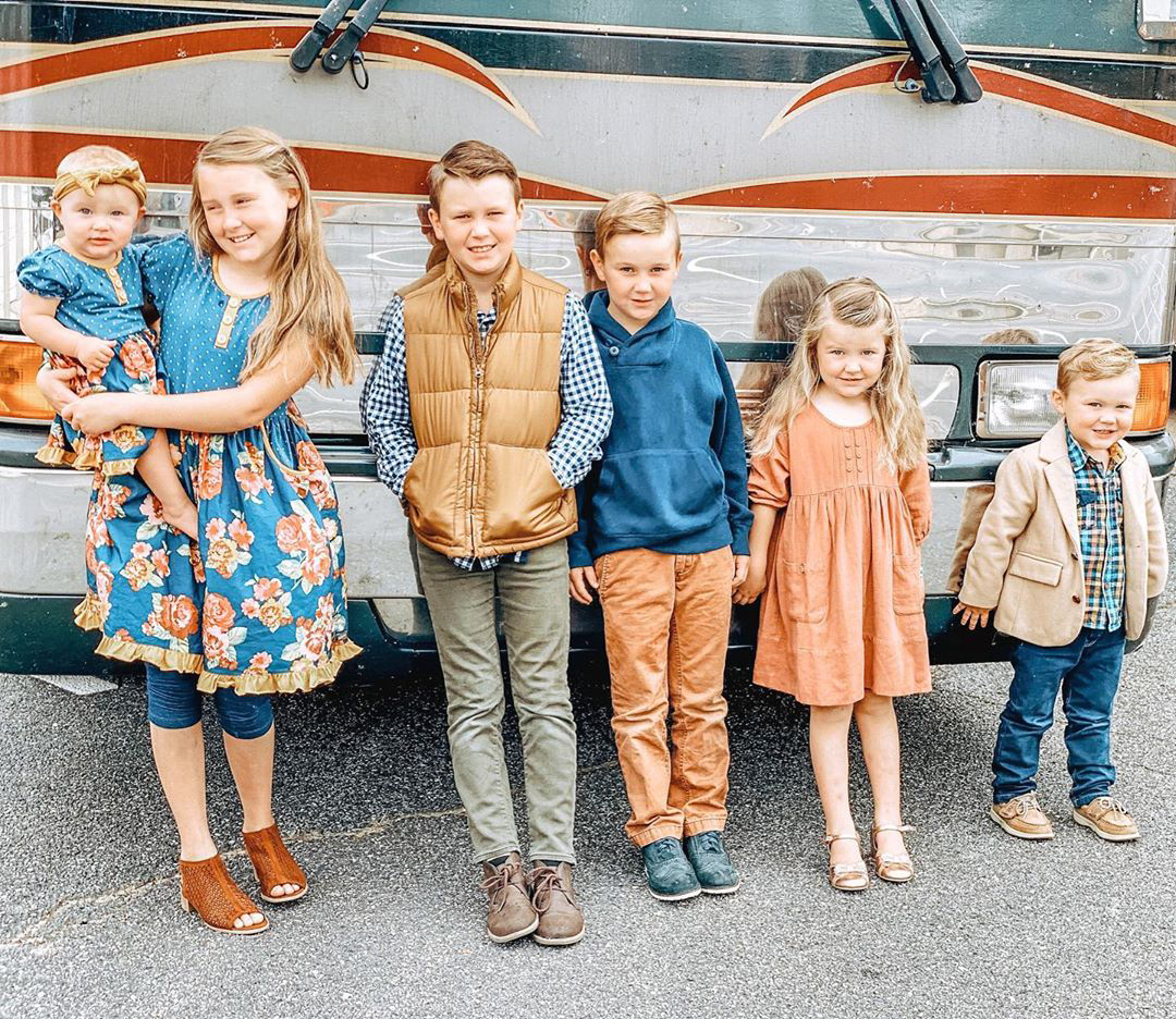 Anna Duggar Shares Family Tradition With All 6 Kids After Celebrating Wedding Anniversary With Josh