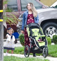 Pregnant Jinger Duggar Steps Out for Brunch With Jeremy Vuolo and Daughter Felicity