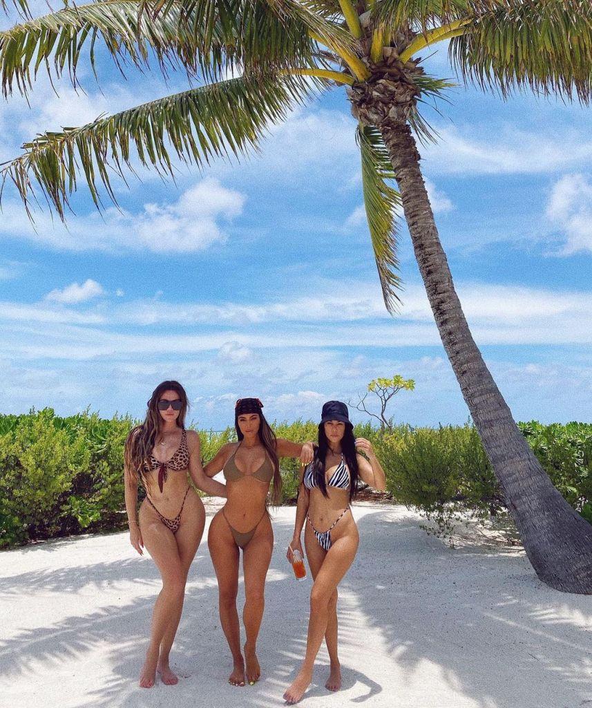 Kim Kardashian Birthday Trip to Tahiti With Kourtney and Khloe
