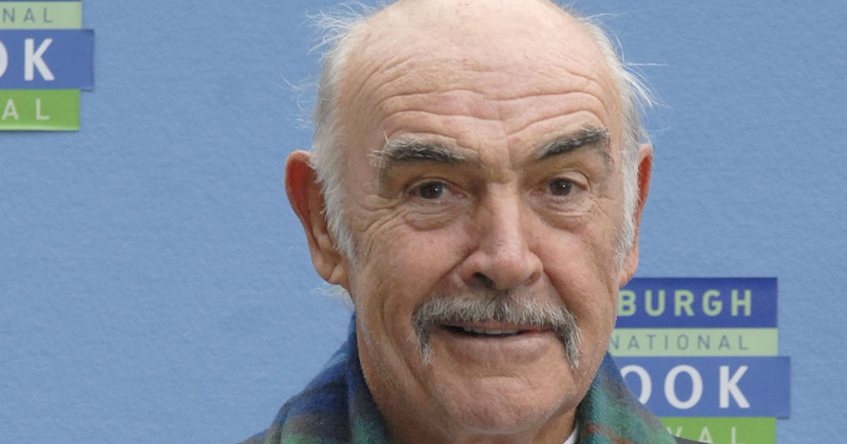 Sean Connery, Actor Best Known for 'James Bond' Series, Dies at Age 90