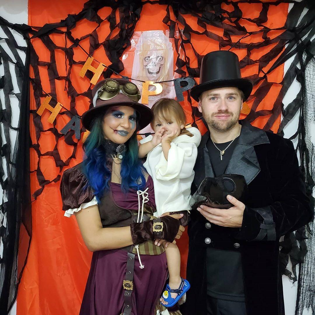 90 day fiance paul staehle wife karine celebrate halloween in brazil
