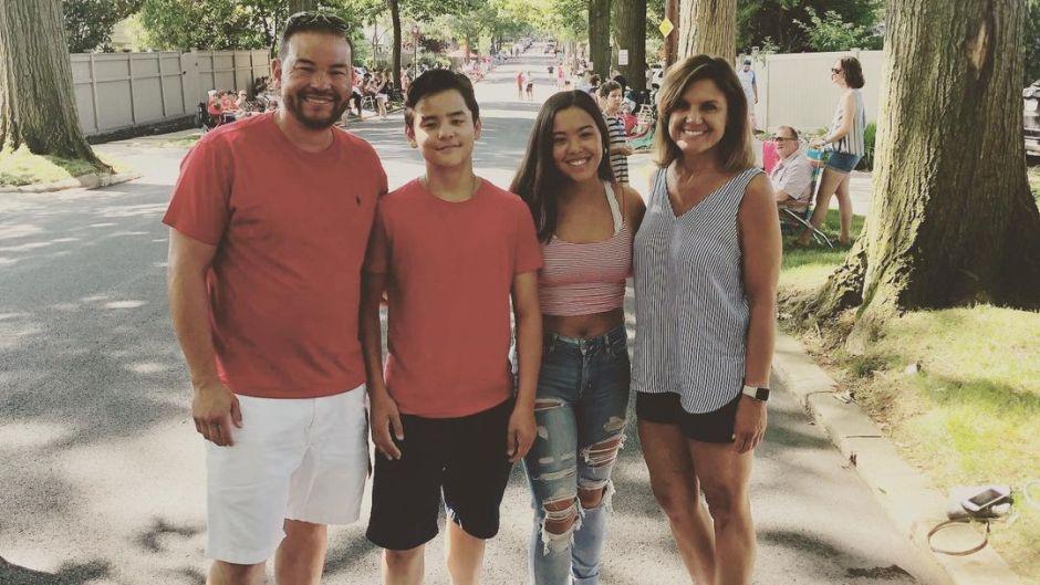 Jon 'Hopes' Collin and Hannah See Siblings on Thanksgiving