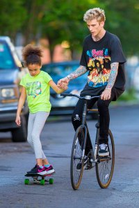 March 2018 Machine Gun Kelly 12 Machine Gun Kelly Sweetest Moments With Daughter Emma Over the Years