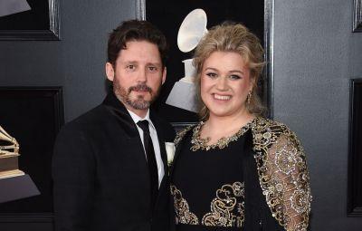 Kelly Clarkson Granted Primary Custody of 2 Kids Amid Divorce