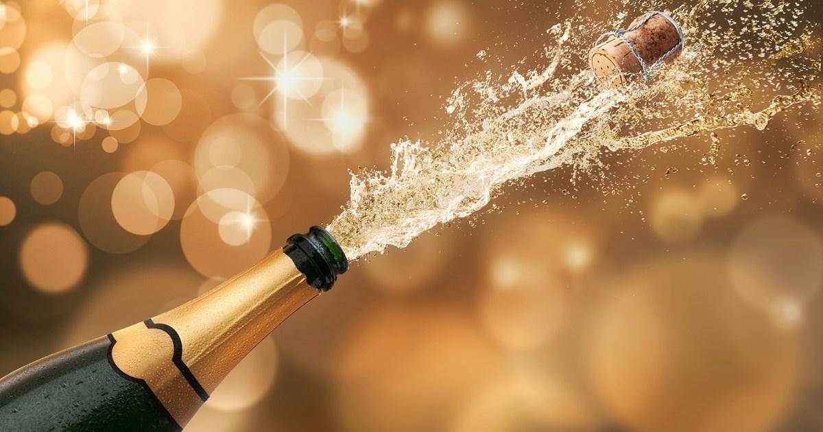 Champagne Favor Post 4