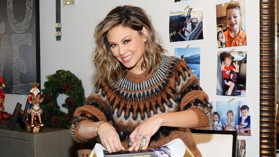 Vanessa Lachey Wrapping Hot Tools Signature Series Volumizer