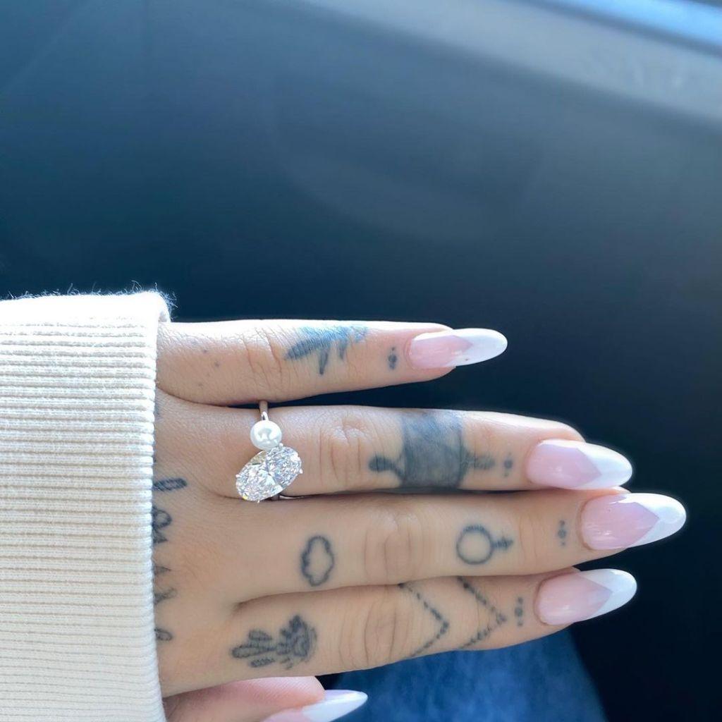 ariana grande engagement ring dalton gomez
