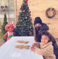 khloe-kardashian-true-christmas