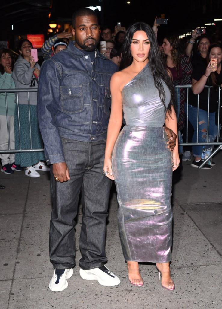 Kim Kardashian Shades Kanye Amid Divorce Drama