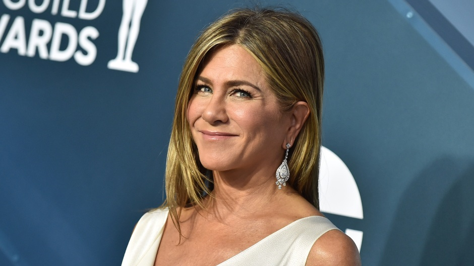 Jennifer Aniston Has 'Tons in Common' With New Mystery Boyfriend: 'She Trusts Him'