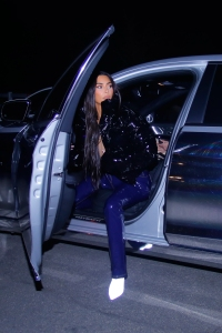 kim-kardashian-steps-out-without-ring-before-divorce-filing