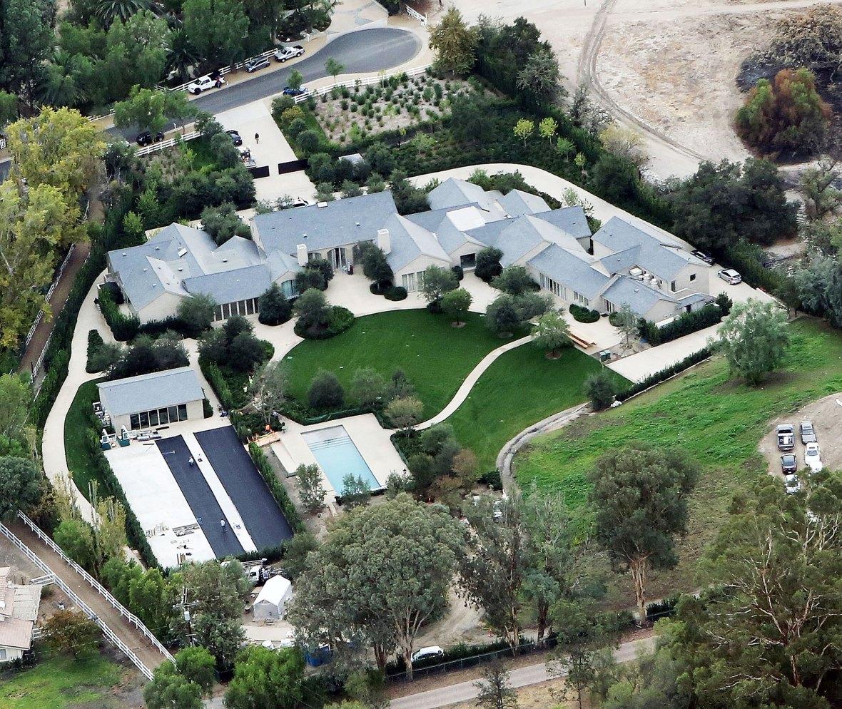 Kim Kardashian Is Keeping Hidden Hills Home Amid Kanye West Divorce