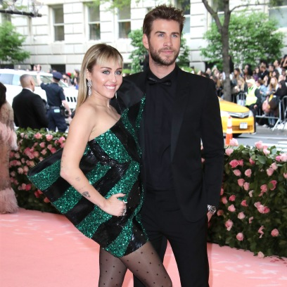 Miley Cyrus Pushes Liam Hemsworth Away From Her on the Red Carpet in Resurfaced Video Before Split