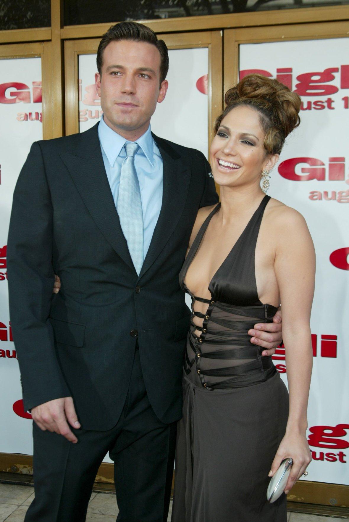 Did Jennifer Lopez Keep Her Pink Engagement Ring?