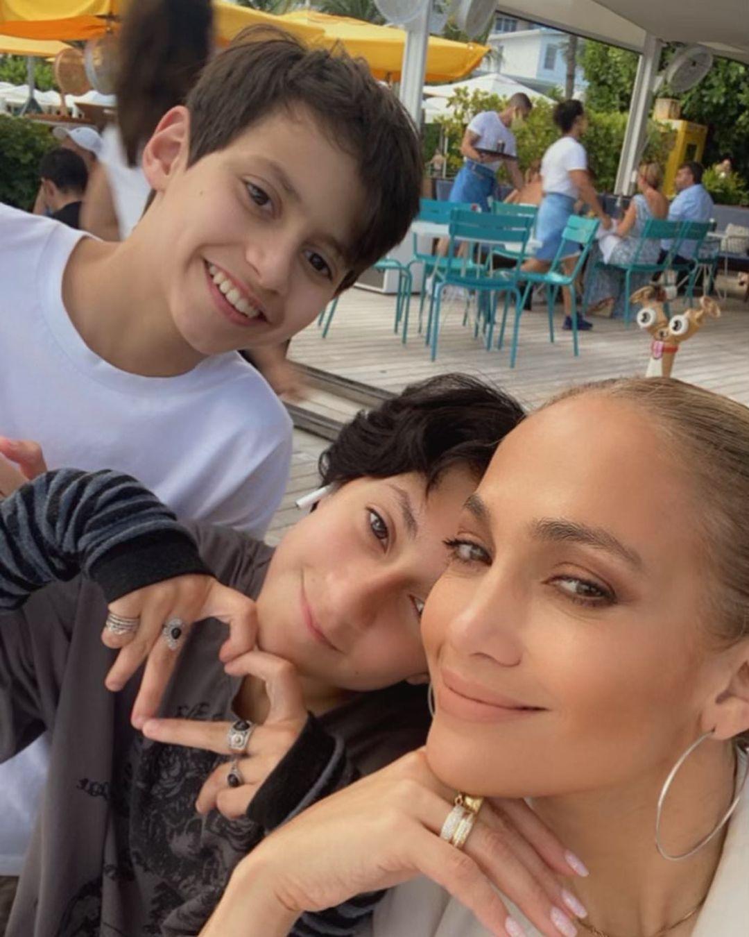 Jennifer Lopez Kids Max Emme