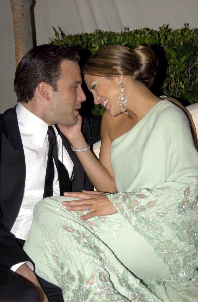 Jennifer Lopez 'Always Had Feelings' for Ben Affleck, Expert Says