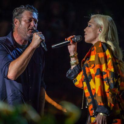 Gwen Stefani and Blake Shelton Make Out During Performance