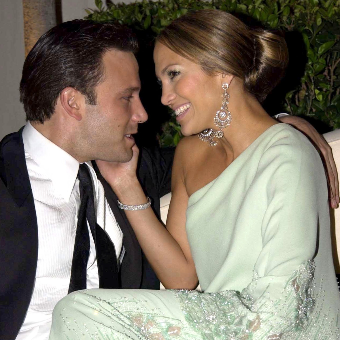 Jennifer Lopez and Ben Affleck 'Looked Totally Loved Up' During Her 52nd Birthday Dinner