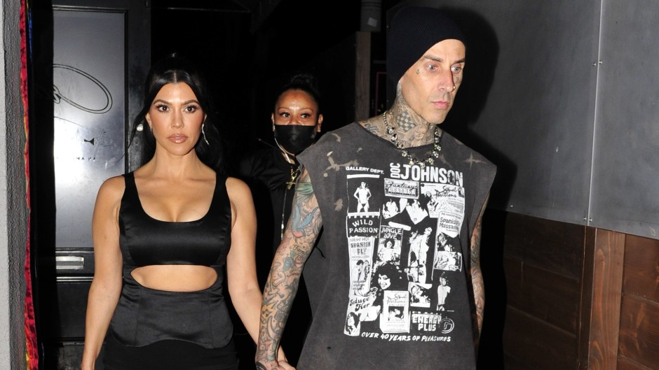 Kourtney Kardashian Travis Barker Suck Blood
