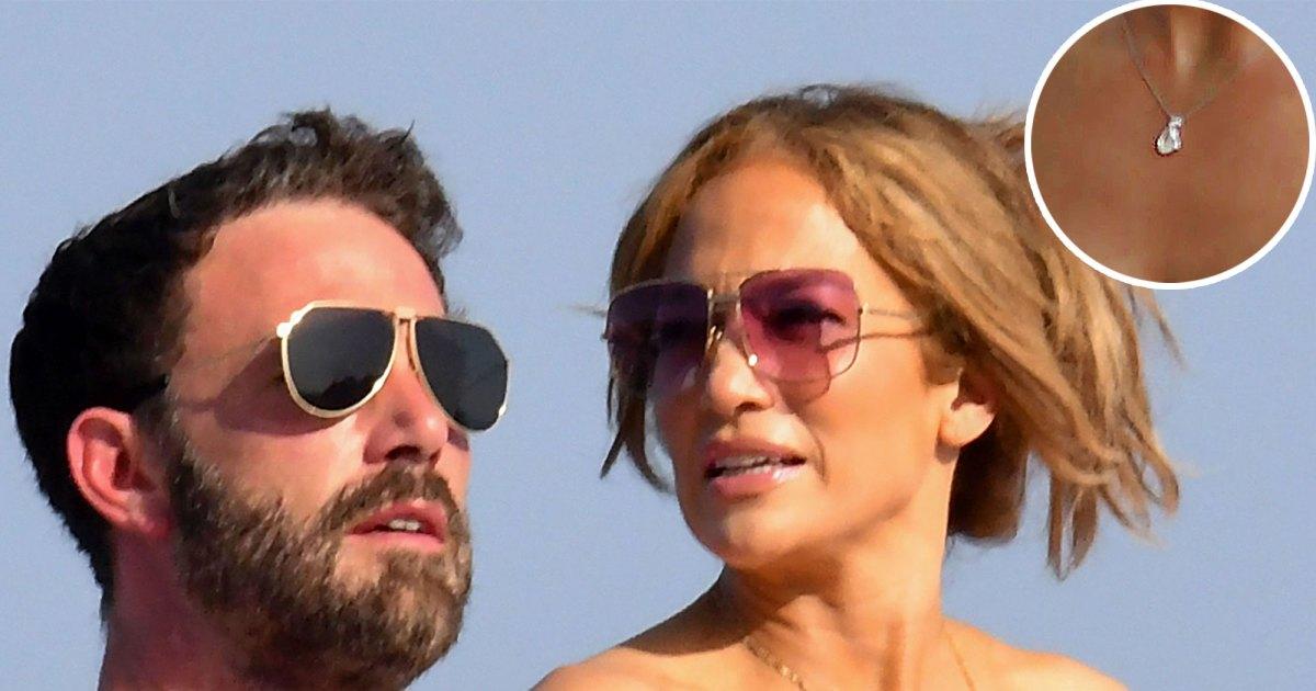 Ben Affleck's gift to Jennifer Lopez tells their love story