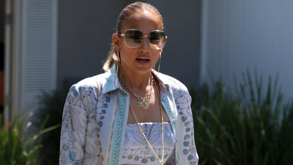 Jennifer Lopez Shows Abs in Crop Top With Daughter Emme 5