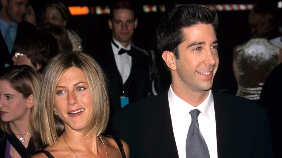 Jennifer Aniston Reveals Texts About David Schwimmer 'Romance'