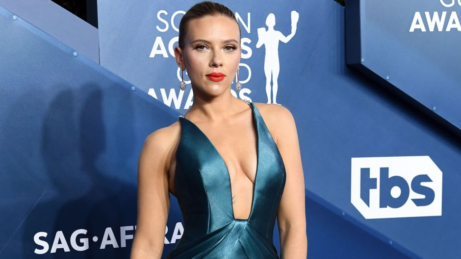Scarlett Johansson's Best Braless Moments Over the Years: See Photos!